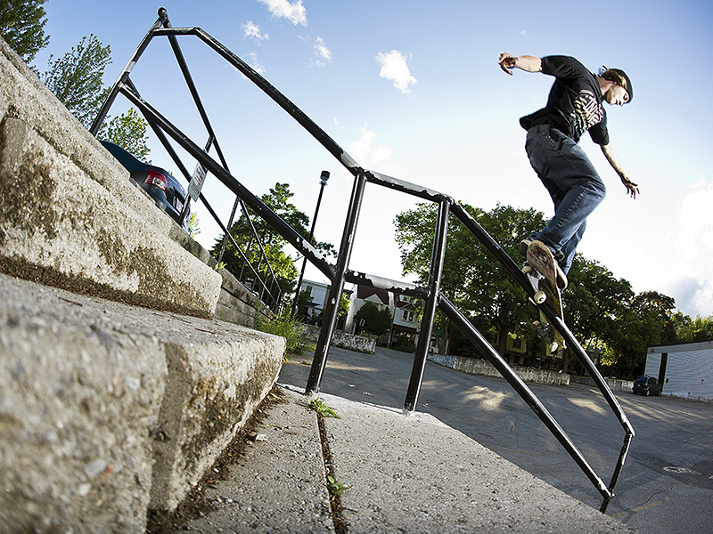 Zack-Ferguson_Gap-to-Feeble-Grind