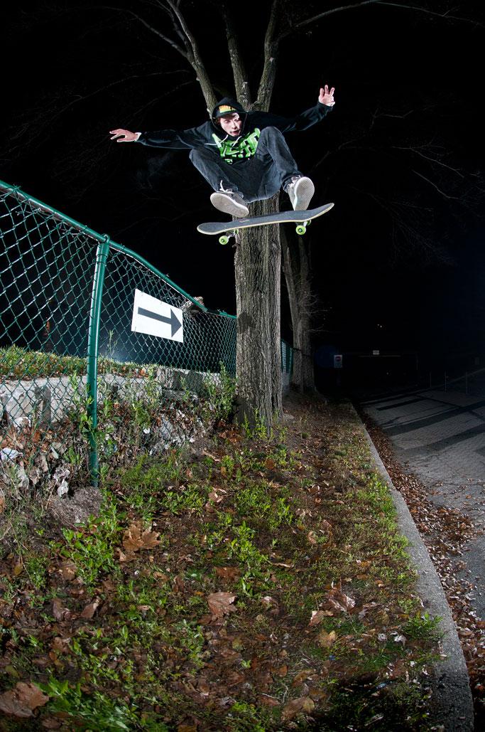 Shayne-Eldridge_Kickflip_Michael-Kazimierczuk-Photo